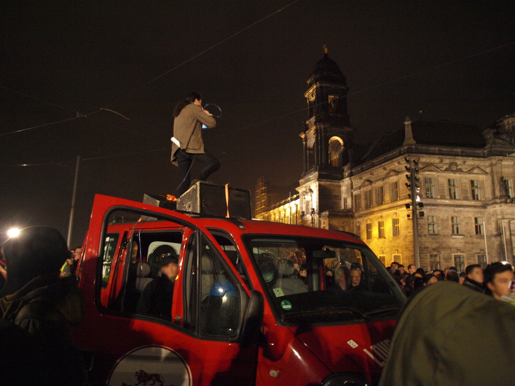 Protest gegen Legida in Dresden am 19. Oktober 2015 in Leipzig