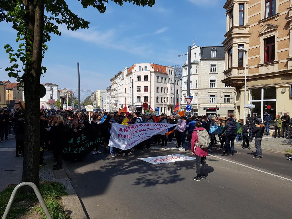 Erfolgreiche Blockaden am 1. Mai 2017 bei Halle gegen Rechts