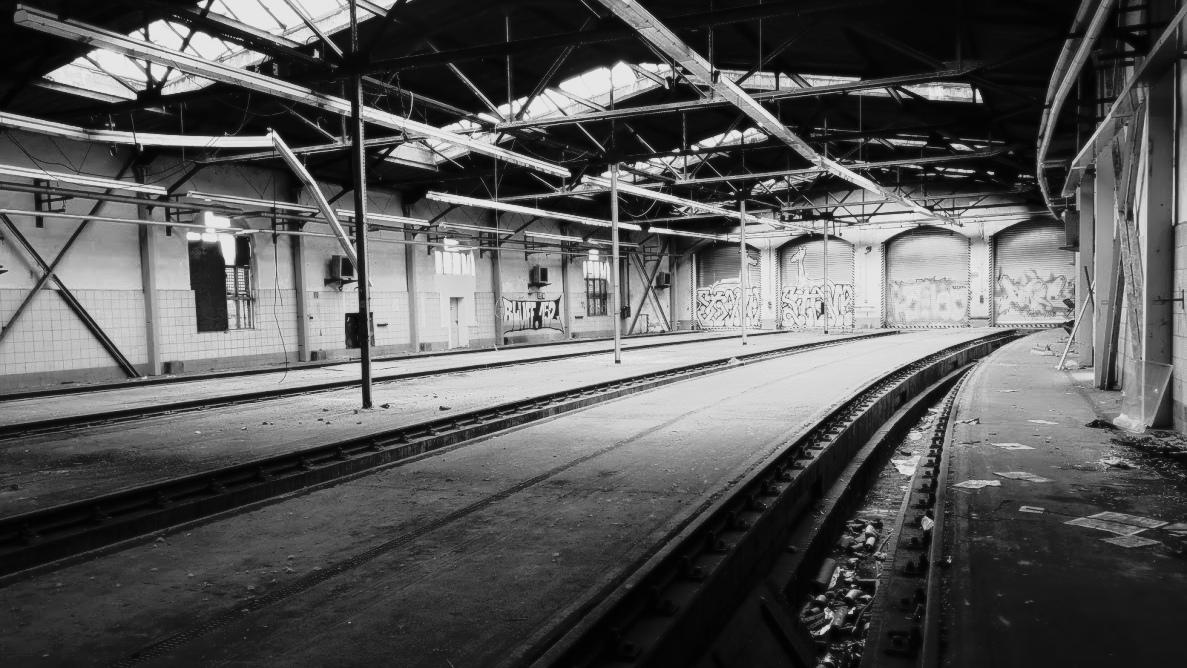 empty station #dd2510