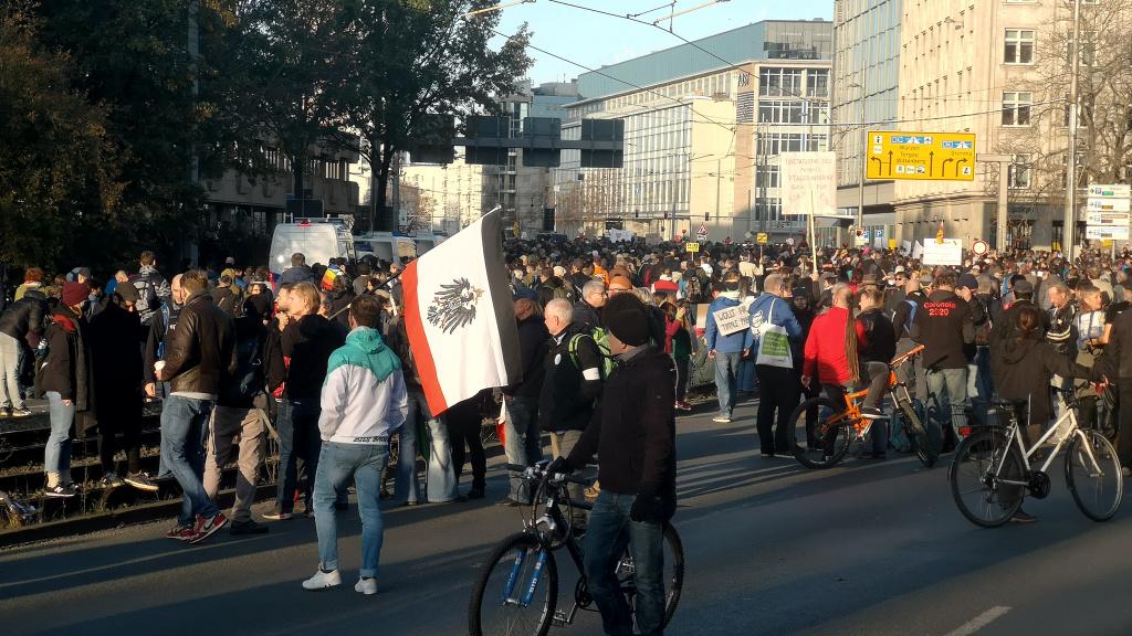 """Nach dem Desaster – """"Leipzig nimmt Platz zieht Bilanz"""""""